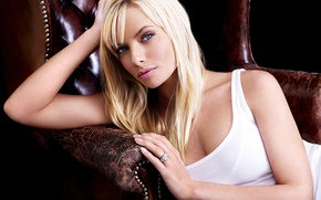 Picture look, pose, background, chair, makeup, Actress, Jaime Pressly, Jamie Presley, background, view, chair, hair, model, …