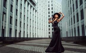 Picture girl, the city, figure, dress, neckline, hat