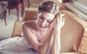 Picture girl, decoration, sofa, ring, dress, neckline, brown hair, necklace