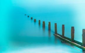Picture sea, shore, columns