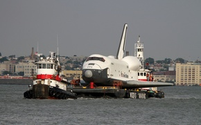 Picture tug, towing, Space Shuttle Enterprise