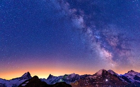 Picture the sky, stars, mountains, The milky way