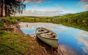 Picture forest, summer, river, boat