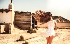 Picture girl, the wind, hair, legs, Laurent KC, Bardenas Desert