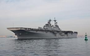Picture Bay, Essex, universal, LHD-2, USS Essex, landing ship