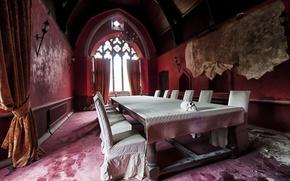 Picture table, skull, interior