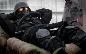 Picture weapons, stay, soldiers, gas mask