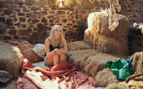 Picture girl, actress, the barn, blonde, hay, blanket, sitting, Saoirse Ronan, Saoirse Ronan, How I Live …