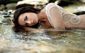 Picture look, water, brunette, blouse, posing, cute, face