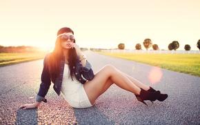 Picture sunset, brunette, glasses, heels, legs, sitting, photographer, face, Aaron Woodall, glare