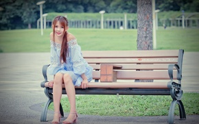 Picture girl, street, bench
