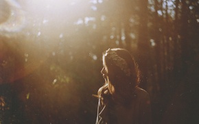 Picture forest, girl, the glare of the sun, TanjaMoss