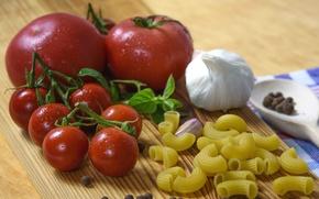 Picture tomato, garlic, pasta, Basil