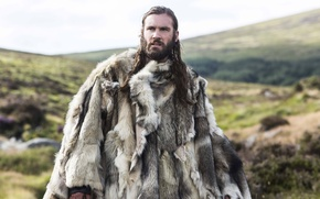 Picture the series, Vikings, fur, historical, The Vikings, Clive Standen, drama, Rollo