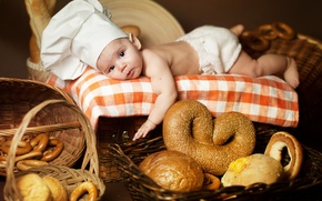 Picture children, baby, bread, lies, bagels, bread, child, cap, tablecloth, bagels, Anna Levankova, scullion, pretzel