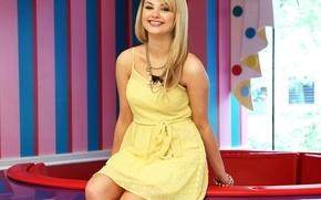 Picture look, girl, smile, sweetheart, dress, actress, blonde, bracelet, singer, legs, chain, beautiful, cute, sundress, Stefanie ...