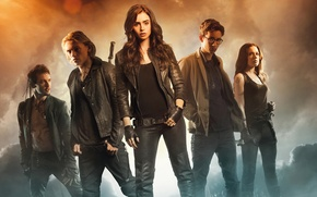 Picture Lily Collins, Robert Sheehan, The Mortal Instruments, City of Bones, Jonathan Rhys Meyers, City Of …