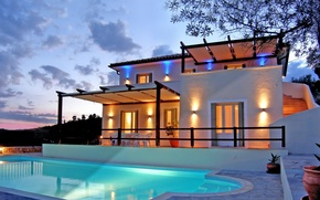 Picture Villa, the evening, pool