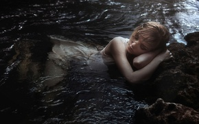 Picture girl, stay, sleep, in the water, Seeking Silence