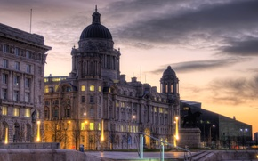 Picture the building, England, HDR, the evening, lights, Liverpool
