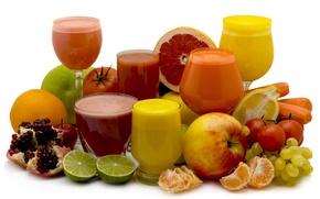 Picture freshness, lemon, Apple, orange, grapes, lime, glasses, tomato, carrots, garnet, Mandarin, juices, glasses