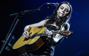 Picture guitar, musician, Amy Macdonald, vocals, solo performer