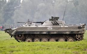 Picture machine, combat, BMP-2, infantry