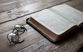 Wallpaper Psalm 23, glasses, still life, book, calm