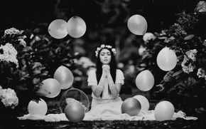 Picture girl, flowers, balls