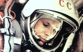 Picture the suit, Gagarin, first kosmonaft