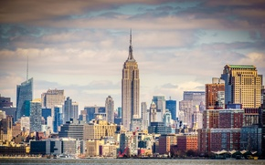 Picture the sky, clouds, river, tower, home, new York, USA, Empire State Building