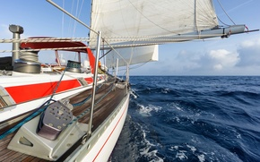 Picture yacht, tourism, ship, RUMB, squirt, sea, wave, track, summer, horizon, sky, clouds, space, the course, ...