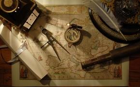 Picture pen, map, compass, spyglass