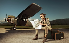Picture map, Girl, the plane, suitcases