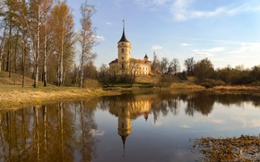 Picture reflection, castle, spring, Pavlovsk