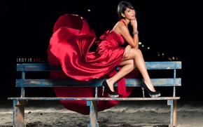 Picture girl, bench, dress