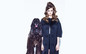 Picture retro, photoshoot, Vogue, Lindsey Wixson, with a dog
