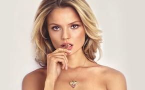 Picture model, Magdalena Frackowiak, polish