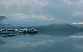 Picture clouds, mountains, fog, boats, Bay