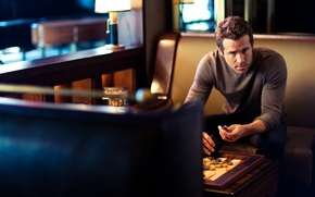 Picture Ryan Reynolds, photoshoot, Esquire, photographer John Russo