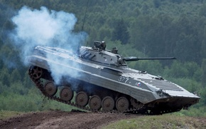 Picture jump, exercises, infantry fighting vehicle, BMP, tankodrom
