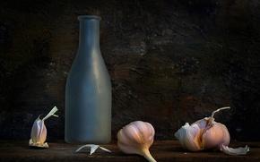 Picture bottle, still life, composition, garlic, The pungent panacea
