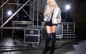 Picture singer, pop, Pixie Lott, songwriter, electro-pop, Victoria Louise Lott, Lipsy, drum set