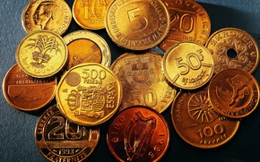 Picture gold, coins, many