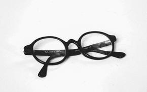 Picture white, black, glasses