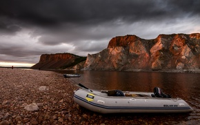 Picture the sky, mountains, clouds, river, stones, shore, boat, people, Russia, North, rod, Taymyr