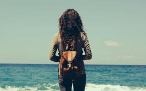 Wallpaper sunny, seaside, summer, waves, mood, girl, sea, backpack, vintage