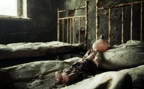 Picture bed, doll, abandoned hospital