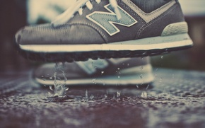 Picture drops, puddle, new balance. sneakers
