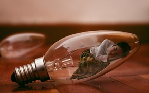 Picture light bulb, girl, the situation